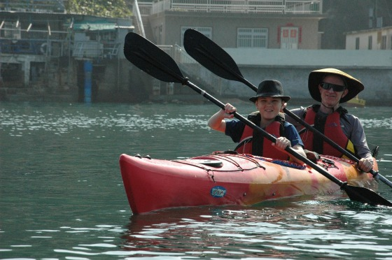 sea-kayaking-253525_1920.jpg